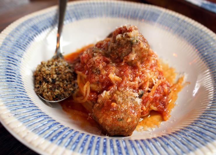O clássico Spaghetti com almôndegas (R$ 29, meio; R$ 39, inteiro)